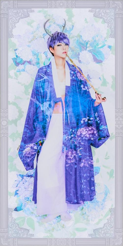 2016_10_The Creation of Muse_Wild Flower (Hydrangea & Bone of Deer)_79.5 x 40cm . oil & digital print on canvas . 2016 3000pixel 72dpi